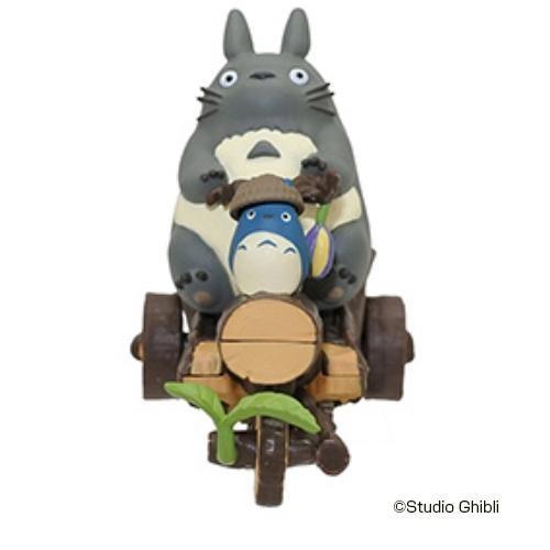トトロ 動く トトロ おもちゃ 動く プルバック...