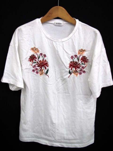 エヴリス EVRIS Tシャツ カットソー 花柄 刺繍 半...