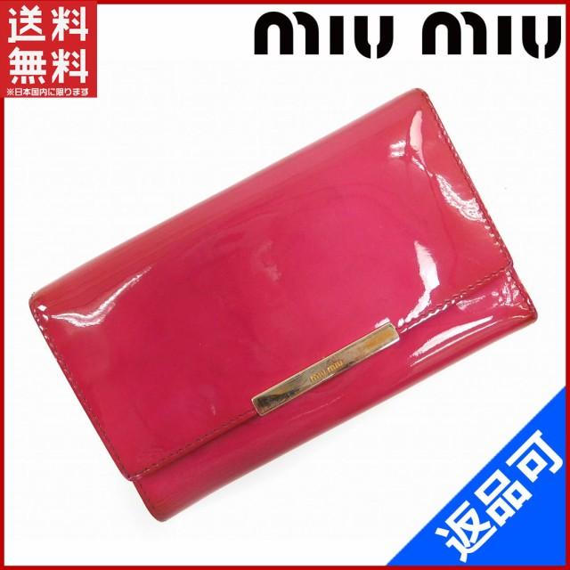 7802fc83379c ミュウミュウ 財布 miumiu 長財布 三つ折り財布 ロゴプレート付き ピンク×ゴールド (