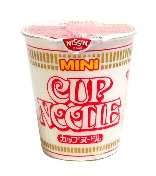 日清食品 カップヌードル しょうゆミニ 【イー...