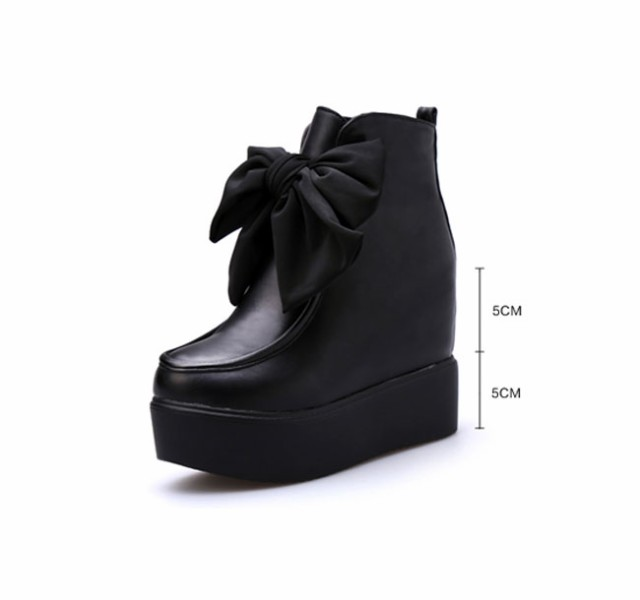 レディースファッション 靴 ショートブーツ 厚底 格好良さとフェミニンのバランスが絶妙 カジュアル ロック風 原宿風