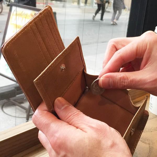 即日発送 送料無料 二つ折り財布 メンズ 小銭入れあり box型 黒 茶お客様に選ばれ続けた人気の財布シリーズ 【MNFA_DL】