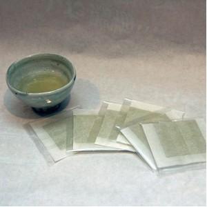 〔お中元用 のし付き(名入れ不可)〕大山山麓「くま笹茶」 3箱