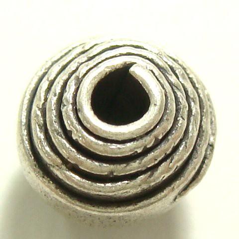 シルバーパーツ 1個で1セット 直径6.8mmタイプでグルグルと渦を書くように模様が描かれた小さいシルバー925製の丸形のビーズ1個売り