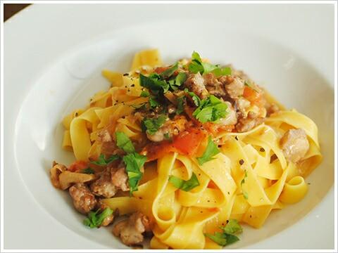 卵入り手打ちパスタ「タリアテッレ」 250g(ラ カンポフィローネ)Tagliatelle / la Campofilone