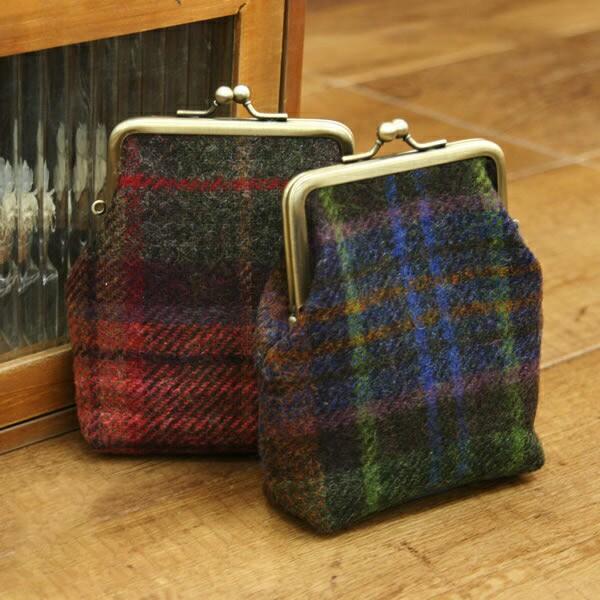 MOON British Wool ムーン ブリティッシュウール チェック柄がま口 縦長型 MOON ムーン British Wool ブリティッシュウール がま口 ポー