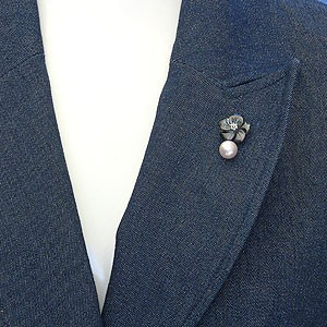 【メンズジュエリー】パール:ピンズ:あこや本真珠:直径9mm:真珠:ピンクホワイト系:タイニーピン:黒蝶貝:花:ピンブローチ:SV:シルバー