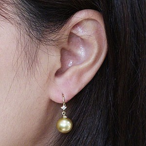 パール:ピアス:真珠:ゴールデンパール:南洋白蝶真珠:ゴールド系:直径10mm:ダイヤモンド:0.06ct:K18:ゴールド:18金