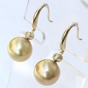 真珠パール  ピアス 南洋白蝶真珠 K18 ゴールド 真珠の直径10mm ゴールド系 ダイヤモンド 2石 0.10ct 6月誕生石 ピアス