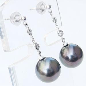 パール:ピアス:真珠:ブラックパール:タヒチ黒蝶真珠:グリーン系:直径10mm:ダイヤモンド:0.06ct:K18WG:ホワイトゴールド:18金