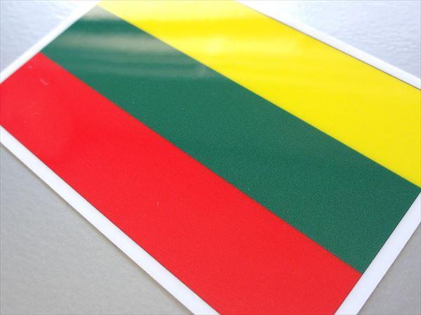 ■リトアニア国旗ステッカー(シール) 屋外耐候耐水 Mサイズ 8cm×12cm ヨーロッパ /スーツケースや車などに! 防水仕様