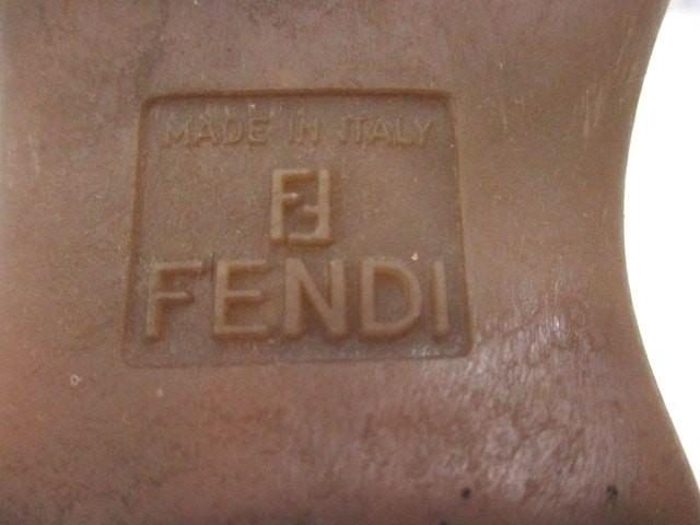 フェンディ FENDI スニーカー レディース ダークグレー×黒 キャンバス×レザー【中古】