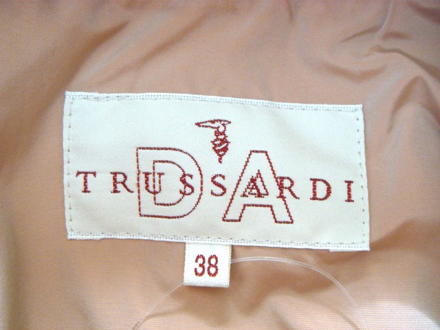 トラサルディー TRUSSARDI コート サイズ38 S レディース ピンク 春・秋物/DA TRUSSARDI/ジップアップ【中古】