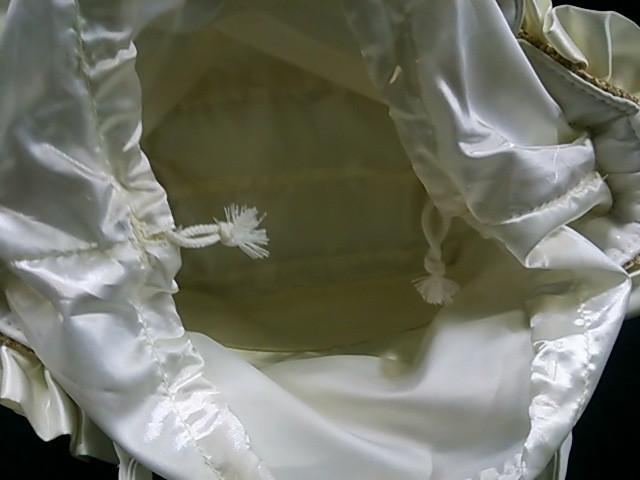 ルートート ROOTOTE トートバッグ レディース アイボリー×白 フリル/かごバッグ ストロー×化学繊維×合皮【中古】