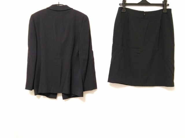 アルマーニコレッツォーニ ARMANICOLLEZIONI スカートスーツ サイズ40 M レディース 黒【中古】