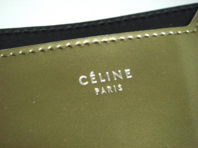 セリーヌ CELINE カードケース レディース 美品 - 107813A4Z.35LG ゴールド×黒 レザー【中古】