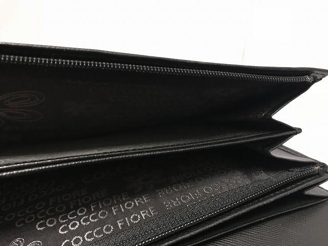 コッコフィオーレ COCCO FIORE 長財布 レディース 黒 型押し加工/フラワー エナメル(レザー)【中古】