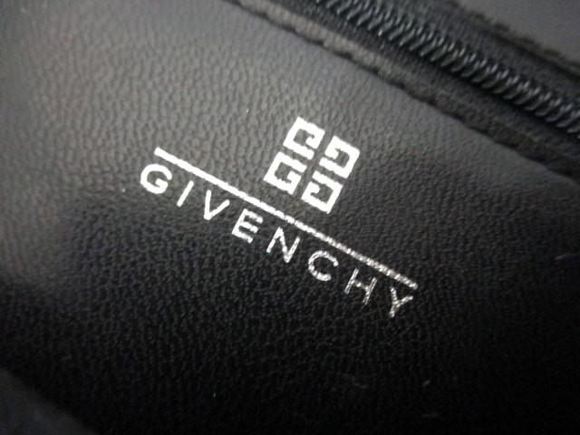 ジバンシー GIVENCHY ハンドバッグ レディース - 黒 ミニ ナイロンジャガード×レザー【中古】