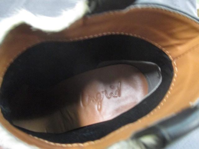 アングリッド UNGRID ショートブーツ 確認出来ず レディース 黒×ベージュ 合皮×ファー【中古】