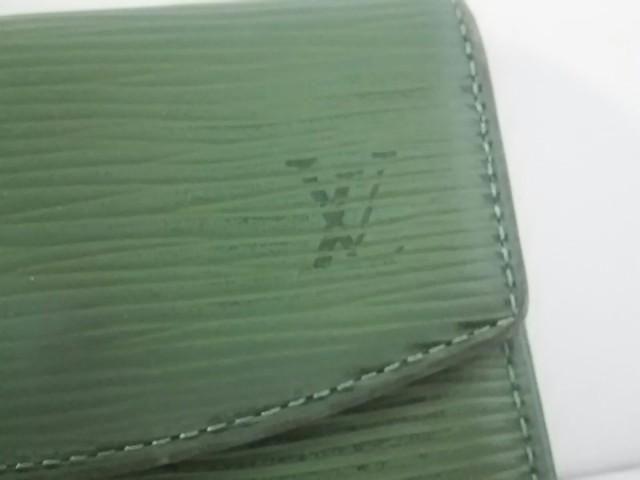 ルイヴィトン コインケース エピ レディース ポルト モネ・サーンプル M63414 ボルネオグリーン レザー(LVロゴの刻印入り)【中古】