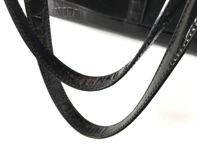 サルバトーレフェラガモ SalvatoreFerragamo トートバッグ レディース ガンチーニ 黒 型押し加工 ヌバック×レザー【中古】