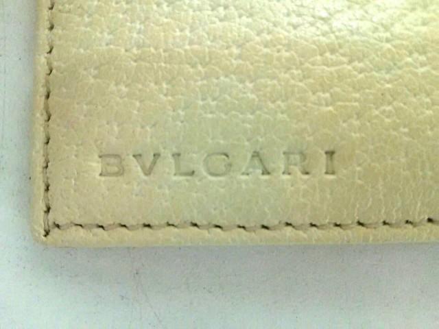 ブルガリ BVLGARI 2つ折り財布 レディース 美品 ロゴマニア ピンク×アイボリー ジャガード×レザー【中古】