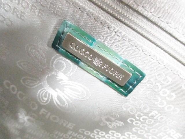 コッコフィオーレ ハンドバッグ レディース 美品 ライトグリーン×ライトブルー×グリーン 型押し加工 エナメル(レザー)【中古】