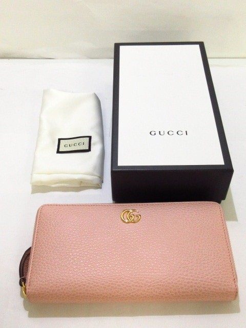 official photos 038e0 a7777 グッチ GUCCI 長財布 レディース 新品同様 プチマーモント 456117 ピンク ラウンドファスナー レザー【中古】