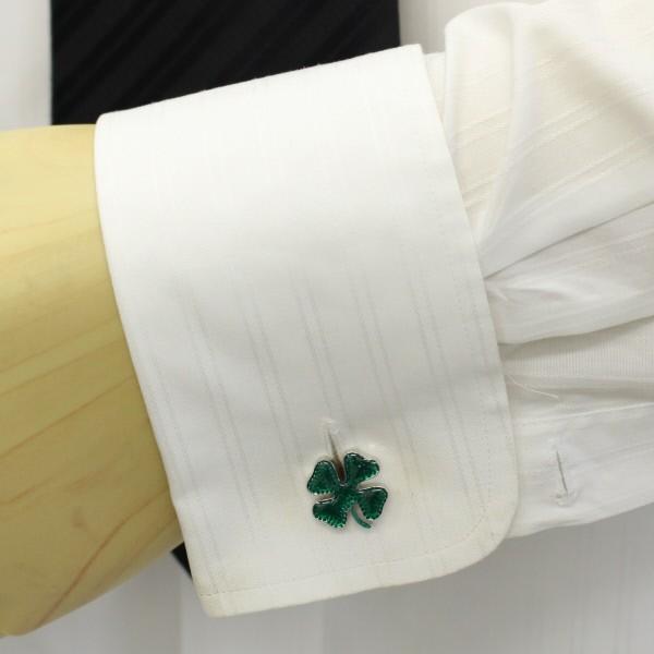 透けるグリーンがきれいな四葉・クローバーのカフス(カフリンクス/カフスボタン)
