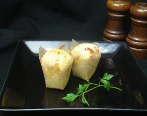 モモばあちゃんの手づくりカップケーキ《ベーコンチーズ》(1箱12個入) デコ/スイーツ/タイムセール/誕生日/周年祭