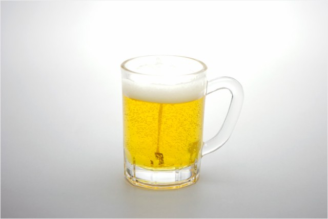 本物ソックリ、お供え物にもなるローソク【故人の好物シリーズ:ビール】お仏壇・お墓参りに