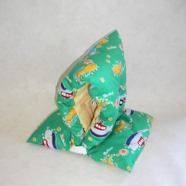 国産.綿100% 子ども用防災頭巾柄は色々あります 保育園・幼稚園~小学校低学年程度迄におすすめです 安心サイズのキッズ防災ずきん