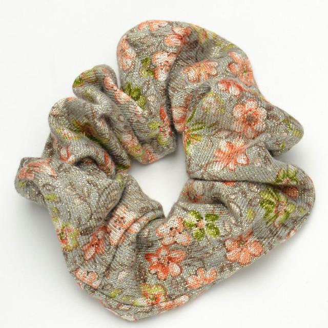 キラキラ ラメ 和がら ニット 素材 花柄 髪留め 大人 p30-shu122