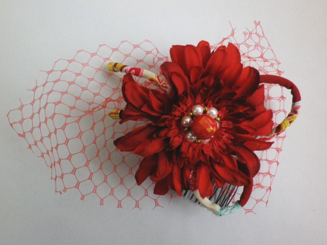 和柄リボン&レース付髪飾り(コサージュ)濃赤可憐花 振袖成人式&卒業式袴に