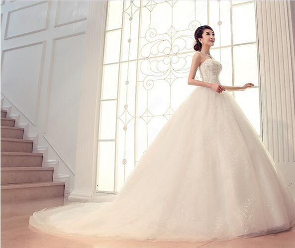 c7a091102255e 花嫁ドレス ウエディングドレス 披露宴二次会 気質チューブトップ Aライン ロングトレーン 白 ドレス☆