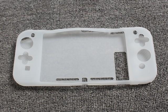 Nintendo Switch本体用シリコンケース 汚れ、キズから保護する (ニンテンドー スイッチ用)ケース/カバー/柔らかいタイプ【F604】