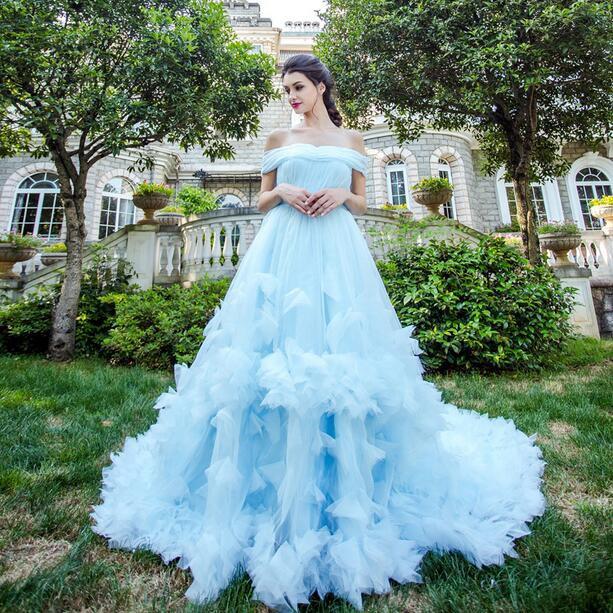 ウェディングドレス パーティードレス 着痩せ 二次会 結婚式 披露宴 司会者 舞台衣装 花嫁 レース
