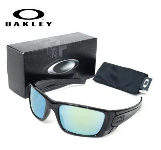 【oakley】オークリー サングラス OAKLEY FUEL CELL フューエルセル oo9096-85
