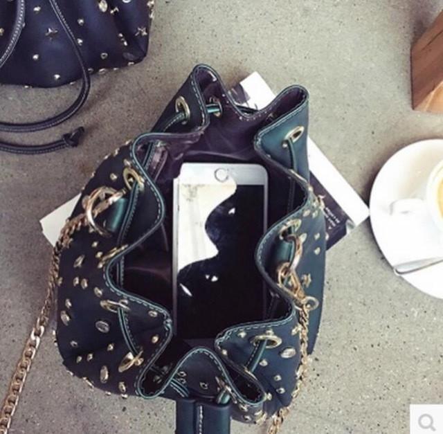 巾着 ラインストーン スタッズ ショルダー カジュアル スター 星 レディース バッグ 女性ショルダーバッグ 斜めがけバッグ