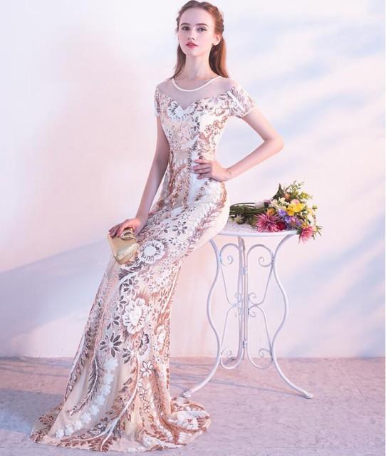 新品 結婚式 パーティードレス★ウェディングドレス 透かし彫り 花嫁 二次会 披露宴 Aライン