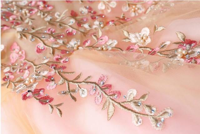 豪華感★ 結婚式 忘年会 ボートネック ウエディングドレス 綺麗な花刺繍 演奏会 披露宴 司会 透かし彫り パーティードレス 二次会