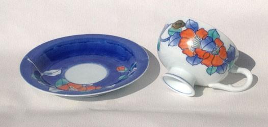 有田焼 崋山窯色絵山茶花紅茶碗皿