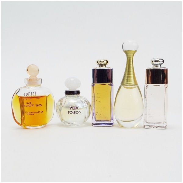 newest bcd5a a9e87 クリスチャン・ディオール 香水 ミニボトル5本セット 5本×5ml 中古 Christian Dior |女性用 レディース フレグランス  EDP&EDT BT |au Wowma!(ワウマ)
