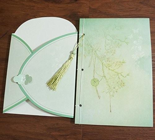 ノート 紐綴じ 淡いグリーン 古風な花模様 ふさ付き