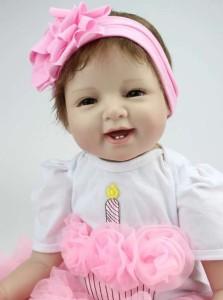 リボーンドール リアル 赤ちゃん人形 トドラードール ベビードール 55cm 高級 かわいい 衣装・哺乳瓶付き 笑顔 ba71