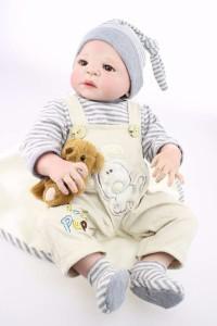 フルシリコン 入浴可 リボーンドール リアル 赤ちゃん人形 トドラードール ベビードール 57cm 洋服付 ぬいぐるみ付 ba073