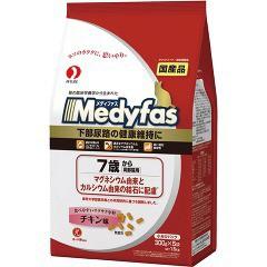 メディファス 7歳から高齢猫用 チキン味(300g*5袋入)(発送可能時期:3-7日(通常))[キャットフード(ドライフード)]
