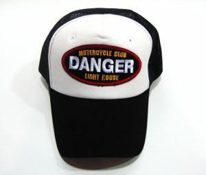 大きいサイズ 帽子 メンズ 新商品!超ビッグサイズ65cmメッシュキャップ(DANGER)黒×白