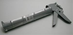 コーキングガンR-100