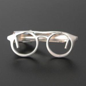 マットシルバー眼鏡デザインネクタイピン